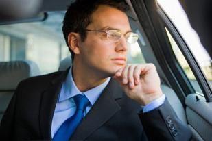 Cadres pour les hommes de lunettes – un élément important de l'image