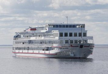 """""""São Petersburgo"""" – navio maior conforto. Este hotel flutuante!"""