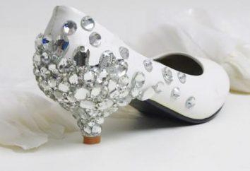 Trend w modzie – buty ślubne z niskich obcasach