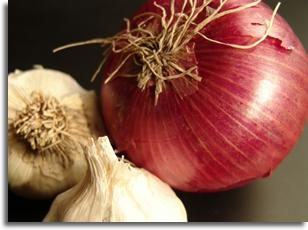Quelle vitamine est contenue dans les oignons?