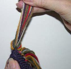 Wie machen Quasten auf dem Schal? Tipps für Näherinnen