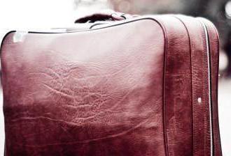 Interprétation des rêves: Sac rêve quoi? Recueillir la valise sur la route – cela signifie que ce rêve?