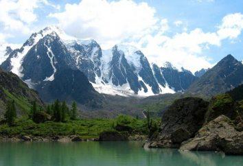 Riposo durante selvaggi primavera. Yarovoye – resto in tenda. Lago Yarovoye – riposo