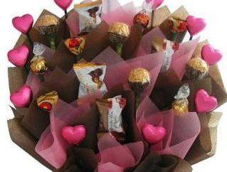 Flores doces, ou Como fazer um buquê de chocolates com suas próprias mãos?