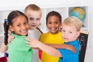 socjalizacja dziecka. Socjalizacji dzieci i młodzieży w zbiorowej