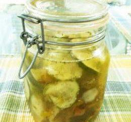 salade de concombre cuisine coréenne pour l'hiver. Et non seulement …