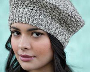 Béret en tricot pour les femmes: des graphiques, des recommandations, des photos