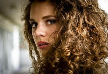 Lockiges Haar: die richtige Pflege und Pflege