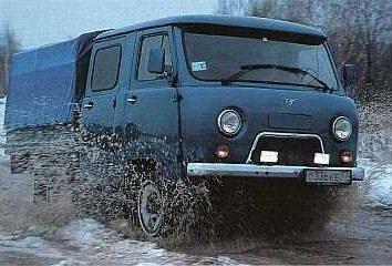 Vue d'ensemble véhicule commercial « fermier » -UAZ