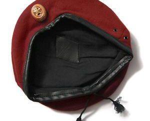 W jaki sposób bordowy beret depozytu?