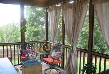 Zasłony na balkonie z rękami: funkcje, rodzaje i ciekawych pomysłów