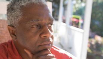 Dlaczego krew w moczu mężczyzn: przyczyny i możliwe choroba