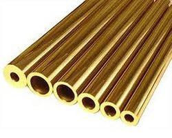 Latón – una composición de aleación de cobre del latón …