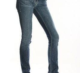 Quel type de chaussures à porter des jeans: conseils