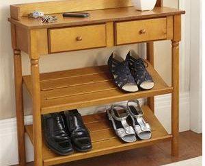 Stojak na buty – niezbędny mebel w korytarzu