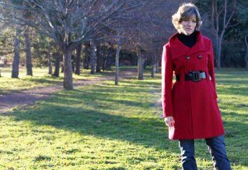 A jasnoczerwony płaszcz. Od co się ubrać?