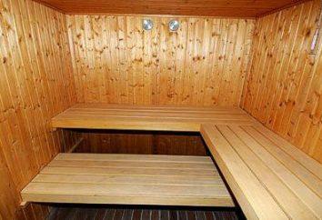 Que font les étagères dans le bain? Seulement en bois!