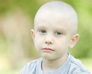 Como tratar a leucemia de uma criança?