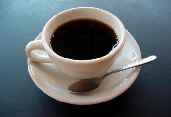 Boire du café. livre de rêve. le rêve