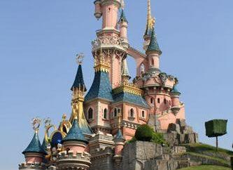 Atrakcje w Disneylandzie w Paryżu, albo Witamy w historii