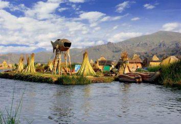isole del lago Titicaca galleggiante. Viaggi Sud America