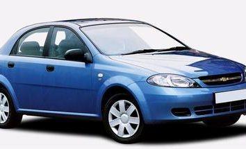 Chevrolet Lacetti: Recenzje klasie ekonomicznej samochód