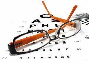 Quand ils ont été inventés des lunettes? Histoire des points