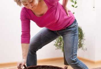 Il mal di schiena quando si piega in avanti: le possibili cause e le cure
