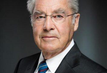 Le président autrichien a été élu, malgré le scandale et la réélection
