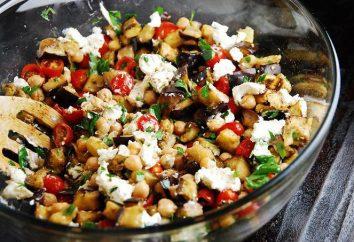 Tischdeko: Auberginen-Salat und Eier mit Mayonnaise