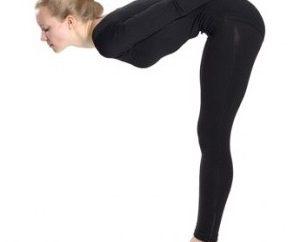 Facile vuoto esercizio aiuta a rimuovere il grasso dall'addome