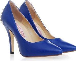 Chaussures bleues – chromothérapie de chaussures