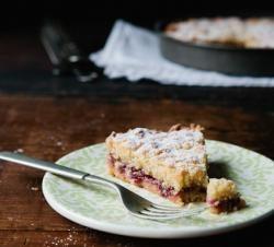 Geriebene Kuchen mit Marmelade: Rezept (Foto)