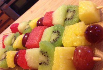 Decorare la tavola – fare spiedini di frutta