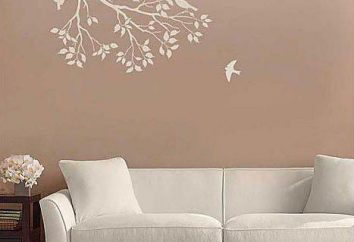 Como fazer uma decoração na parede com as mãos?