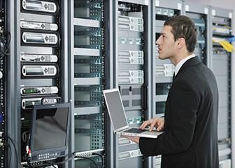 Utrzymanie sieci i systemów komputerowych – co to jest?