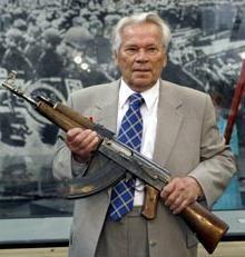 Kalashnikov Mihail. Designer biografia de armas de pequeno porte