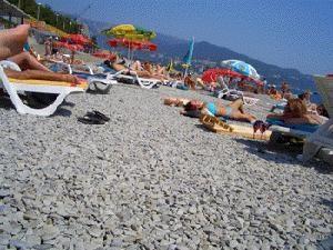 Alupka. Die Strände der Küste des Schwarzen Meeres