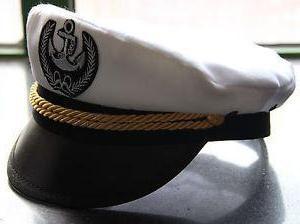 Nakrętka morska – nakrycia głowy dla osób powiązanych z flotą