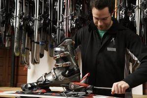 Comment installer les fixations sur les skis? Installation supports sur le ski de fond. Comment mettre la fixation sur les skis?