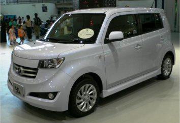 Toyota bB: description de la première et deuxième génération japonaise Mini MPV
