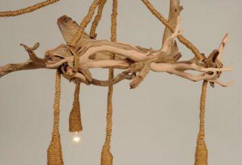 Lampe aus Holz im Innenraum. Selbst gemachten Holzbefestigungen