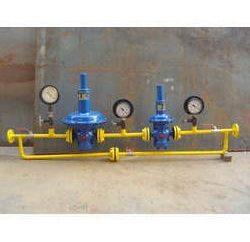 gas di lavoro sotto isobarica, isoterme e processi adiabatici