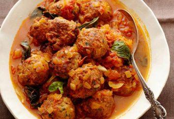 Polpette di pollo tritata con la salsa: una ricetta