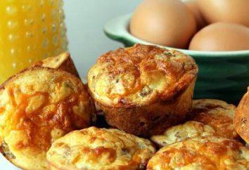 Muffin con formaggio e salsiccia. torta deliziosa e abbondante in minuti