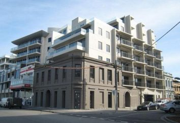 Reconstruction des bâtiments et des structures. l'estimation des coûts du projet et à la reconstruction