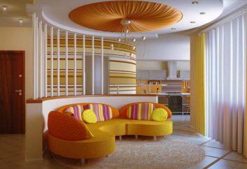 Quarto interior moderno em cores brilhantes. Viver em cores brilhantes, com acentos brilhantes (foto)