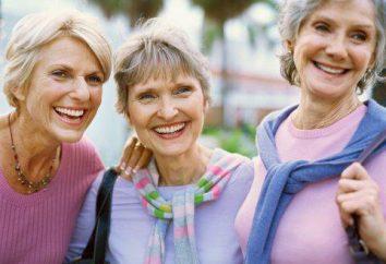Quale dovrebbe essere vestiti per le donne dopo i 50 anni? Come vestire una donna dopo i 50?