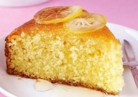 Manna su yogurt: torta e una torta al tempo stesso