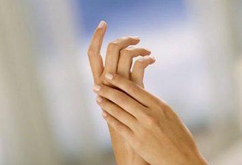 banho de parafina para as mãos em casa